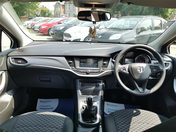 Car For Sale Vauxhall Astra - DN17YPD Sixers Group Image #11
