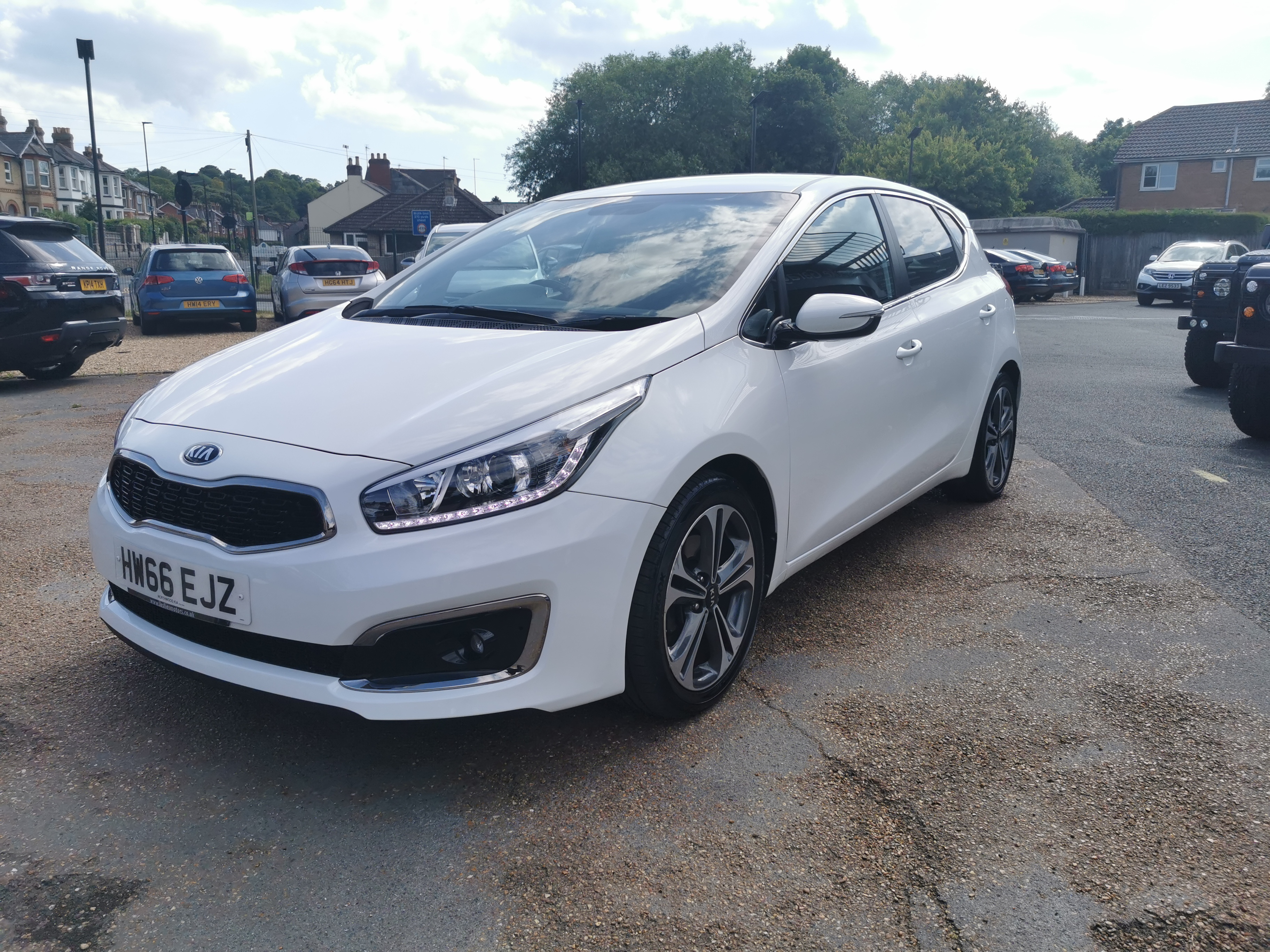 Car For Sale Kia Ceed - HW66EJZ Sixers Group Image #4
