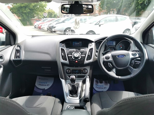 Car For Sale Ford Focus - CE61XHC Sixers Group Image #13