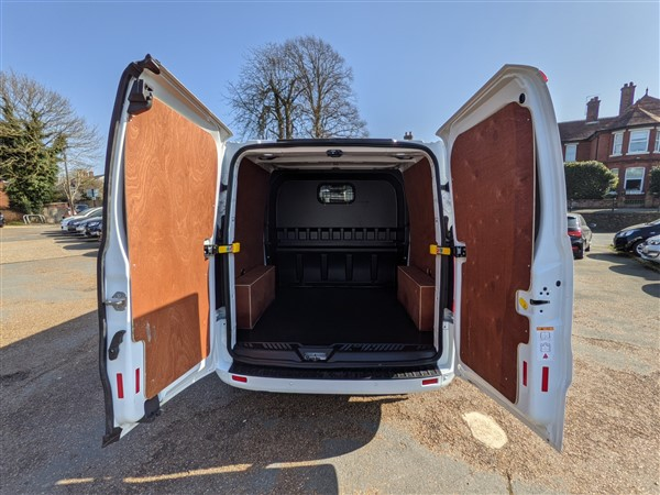 Car For Sale Ford Transit Custom - HN69WPK Sixers Group Image #12