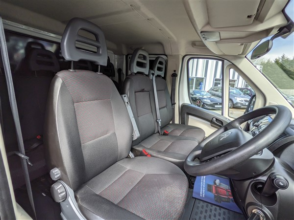 Car For Sale Citroen Relay 35 L3 BlueHDI - CN18FFW Sixers Group Image #14