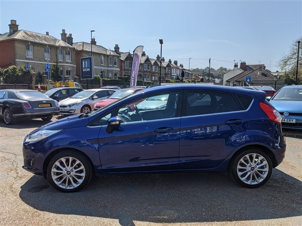 Car For Sale Ford Fiesta - FD65AUX Sixers Group Image #4