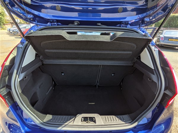 Car For Sale Ford Fiesta - FD65AUX Sixers Group Image #9