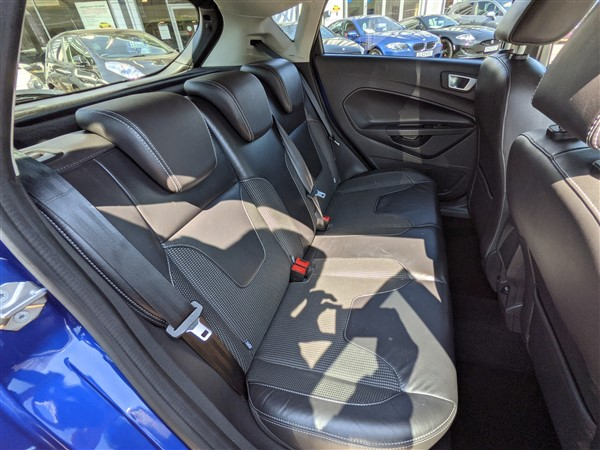 Car For Sale Ford Fiesta - FD65AUX Sixers Group Image #13