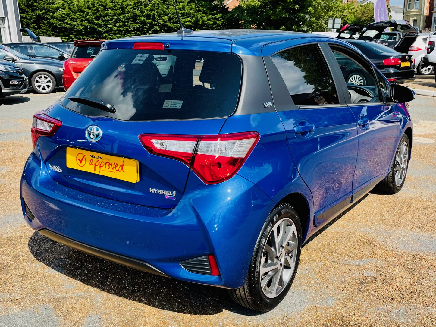 Car For Sale Toyota Yaris - HW20UAK Sixers Group Image #1