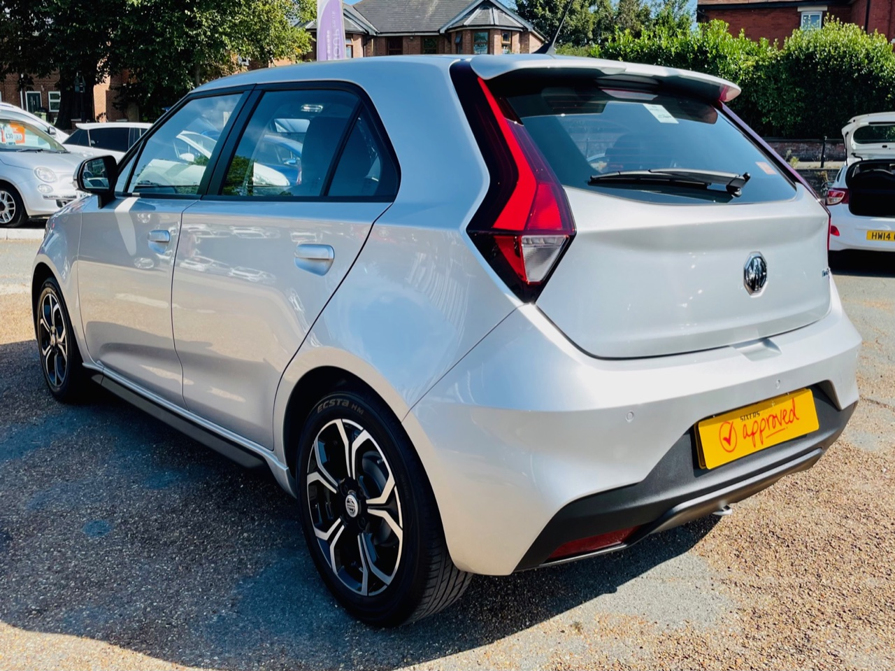 Car For Sale MG 3 - LE69CTZ Sixers Group Image #4