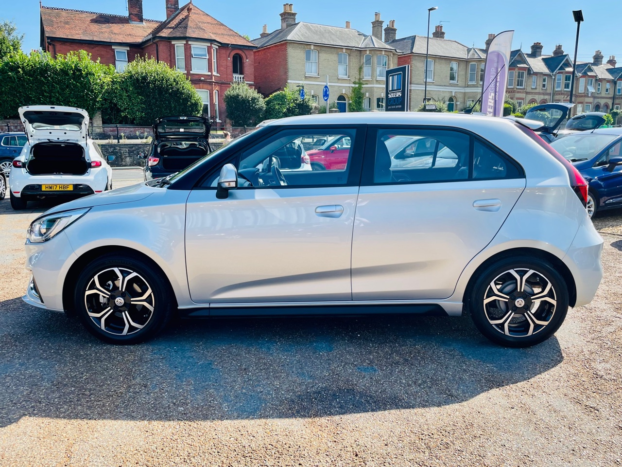Car For Sale MG 3 - LE69CTZ Sixers Group Image #5