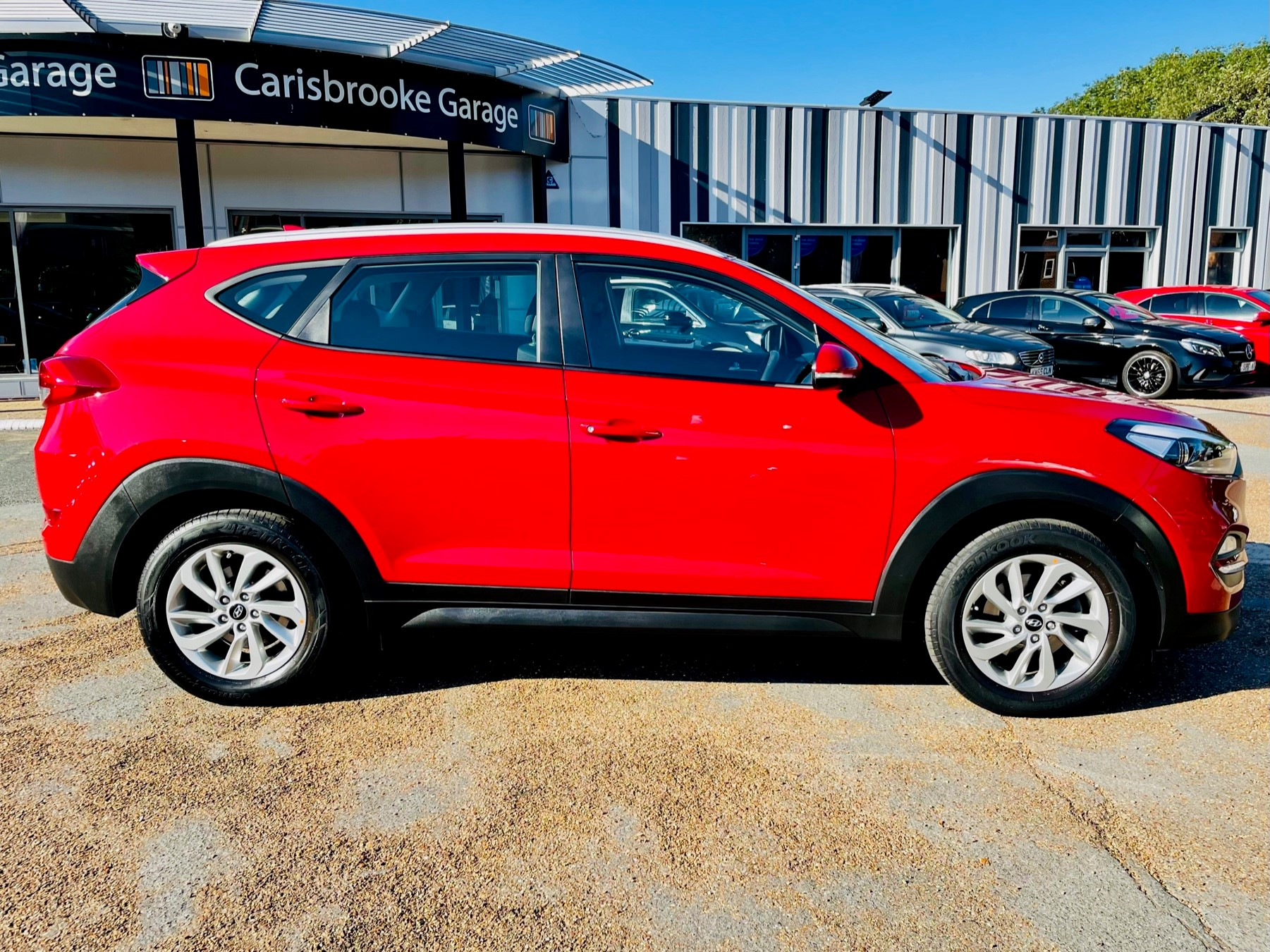 Car For Sale Hyundai TUCSON - PE18YWH Sixers Group Image #2
