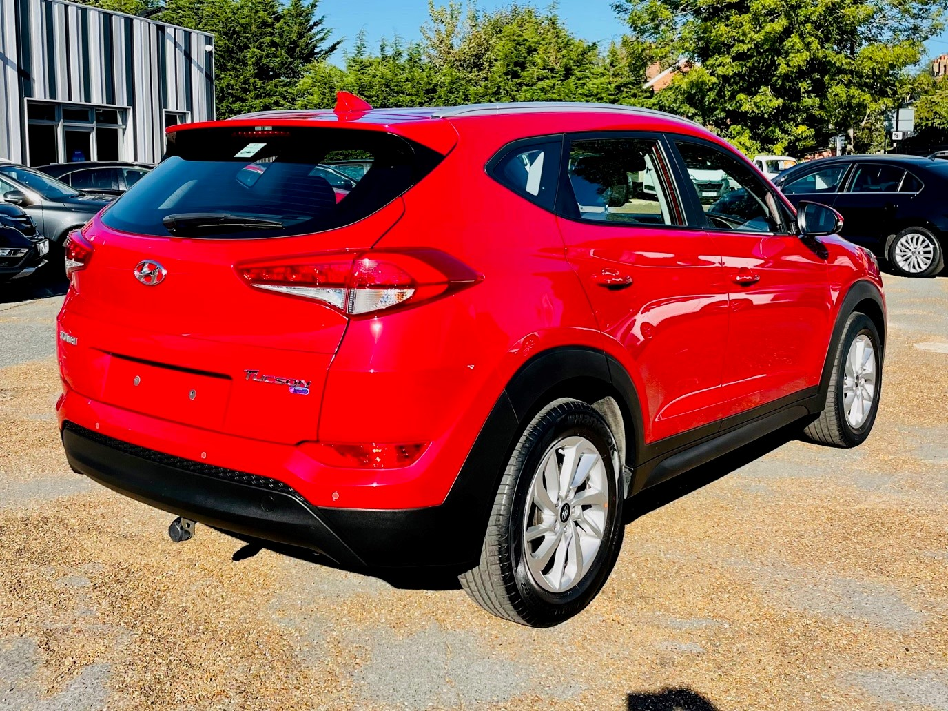Car For Sale Hyundai TUCSON - PE18YWH Sixers Group Image #3