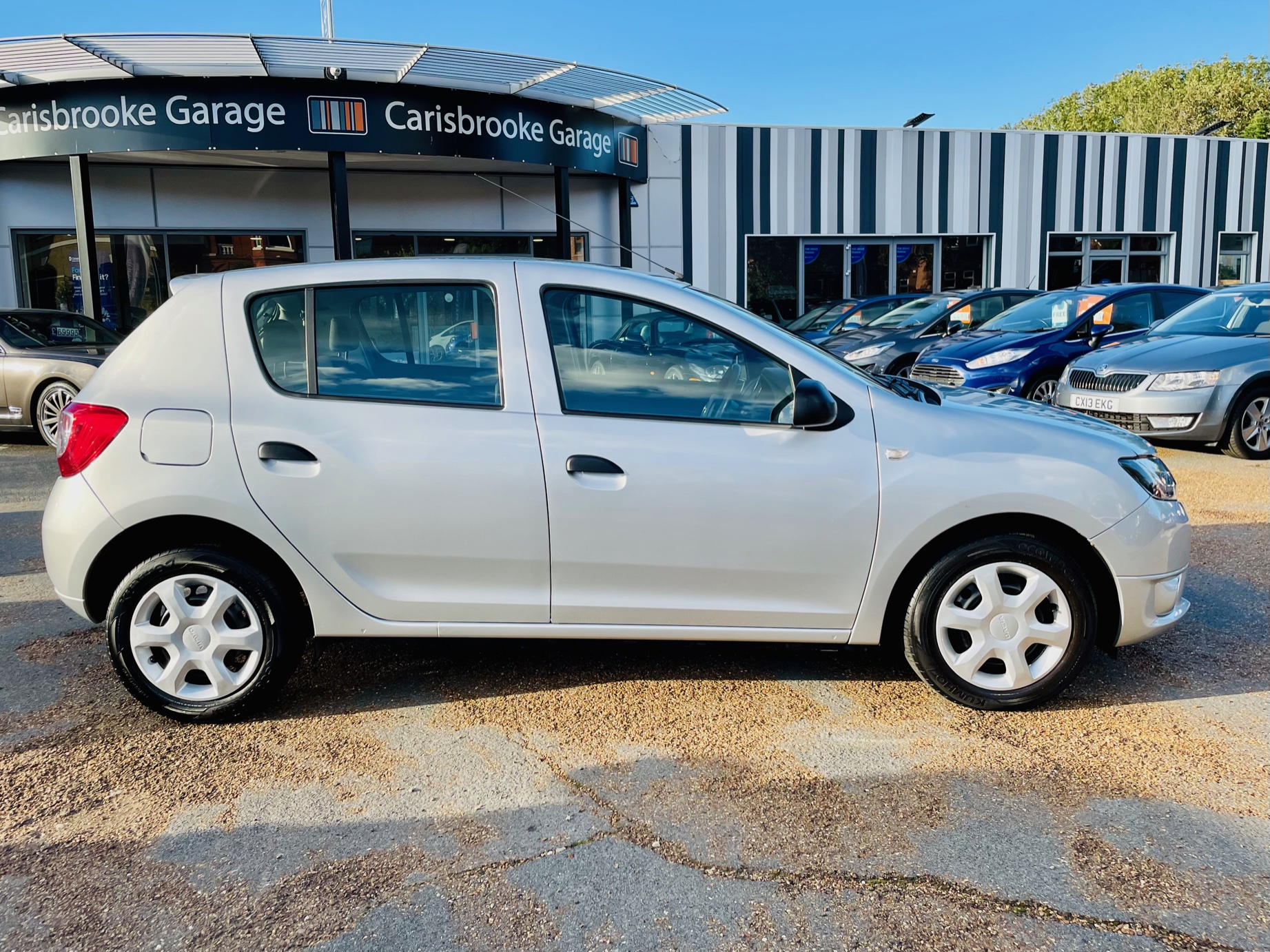 Car For Sale Dacia Sandero - HW15JHZ Sixers Group Image #2