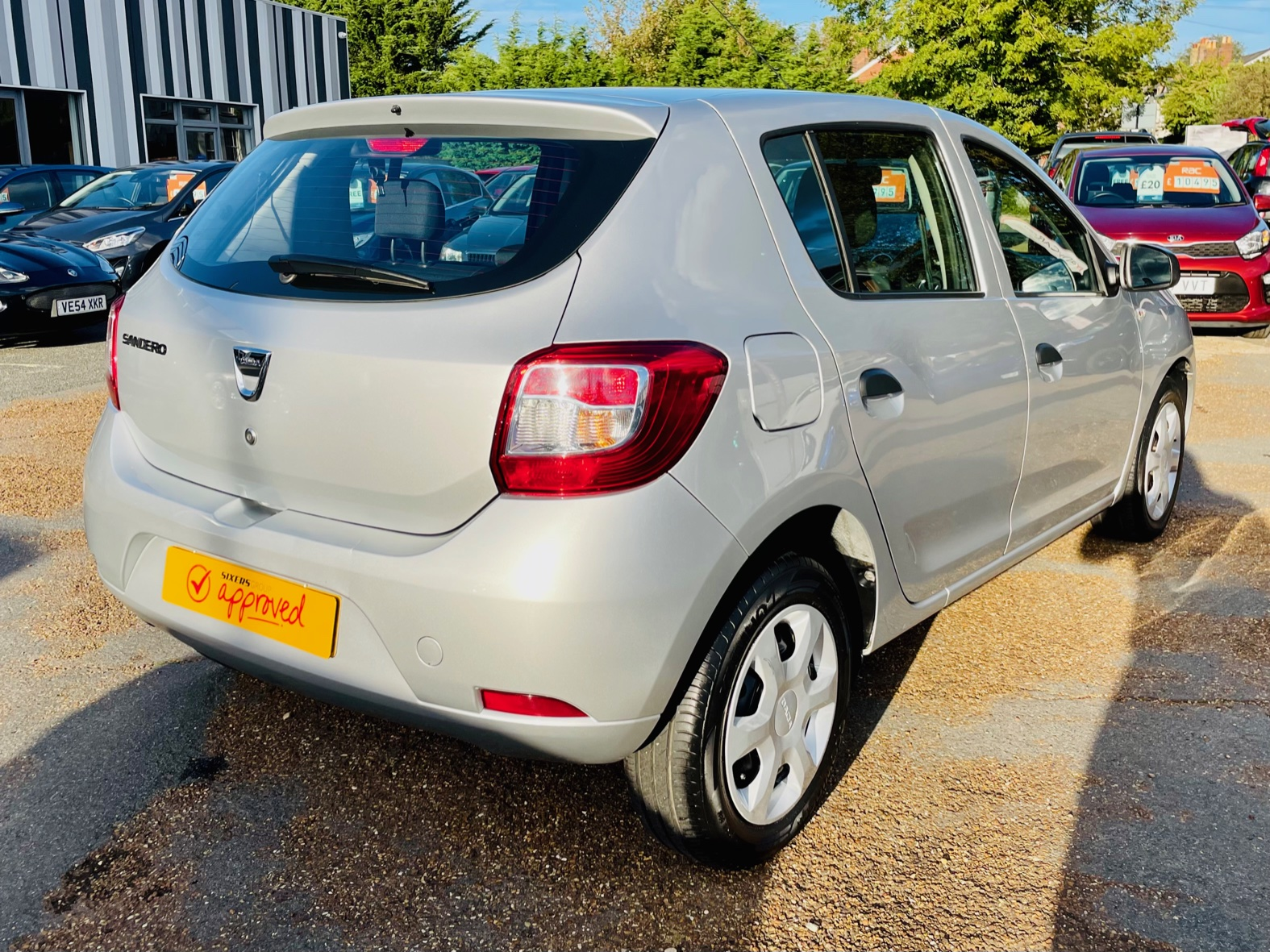 Car For Sale Dacia Sandero - HW15JHZ Sixers Group Image #3