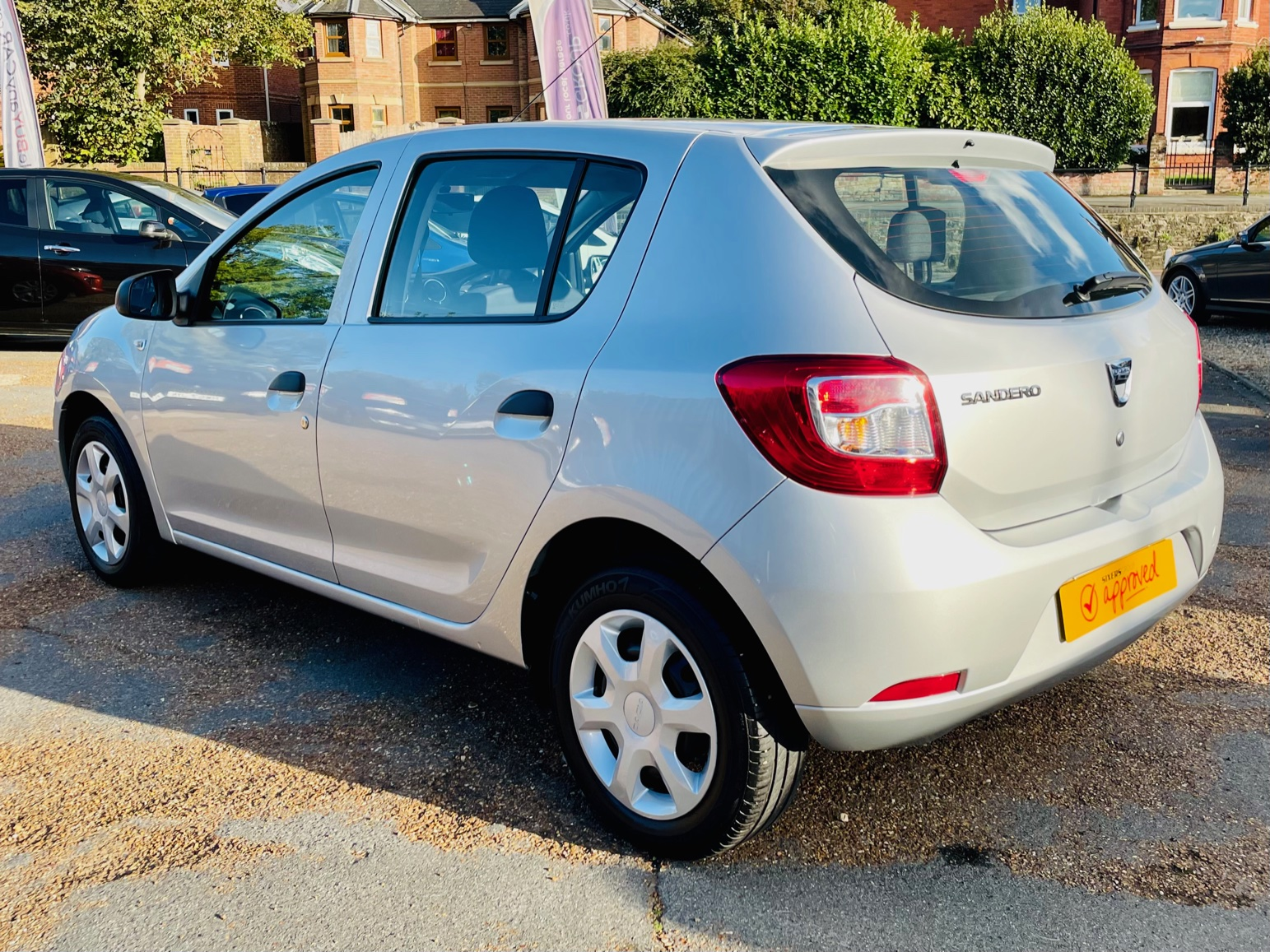 Car For Sale Dacia Sandero - HW15JHZ Sixers Group Image #4